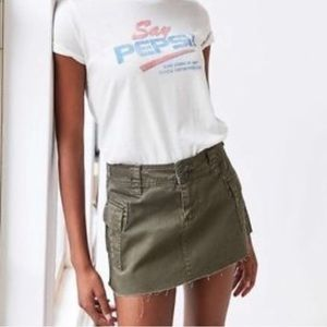 BDG/URBAN OUTFITTERS ARMY GREEN CARGO MINI